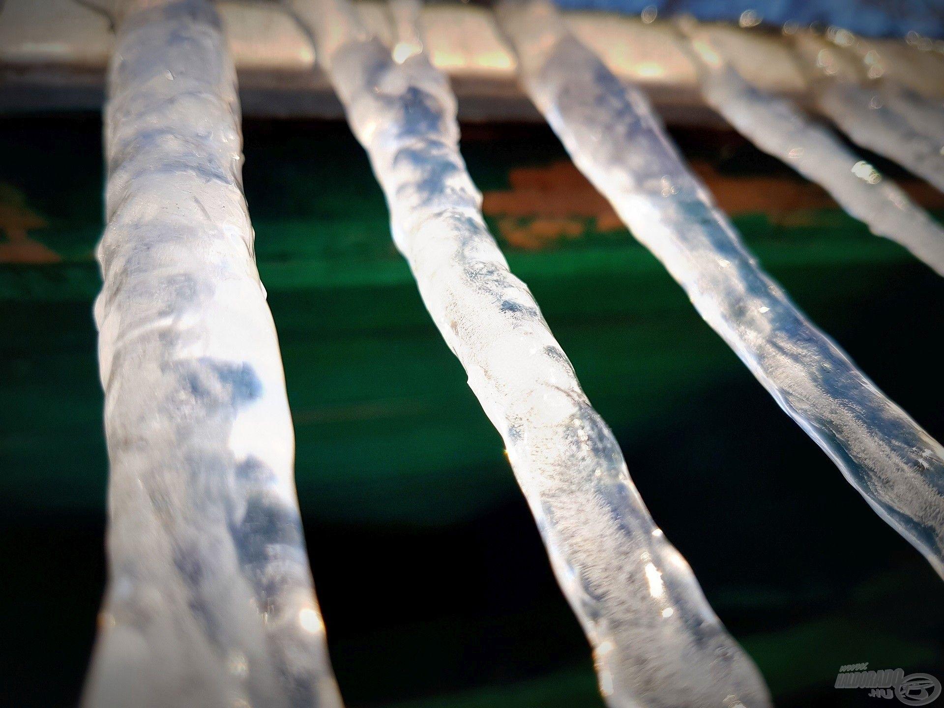 Hiába volt másnap a meteorológiai tavasz első napja, jó ideig maradt még a jég börtönébe zárva