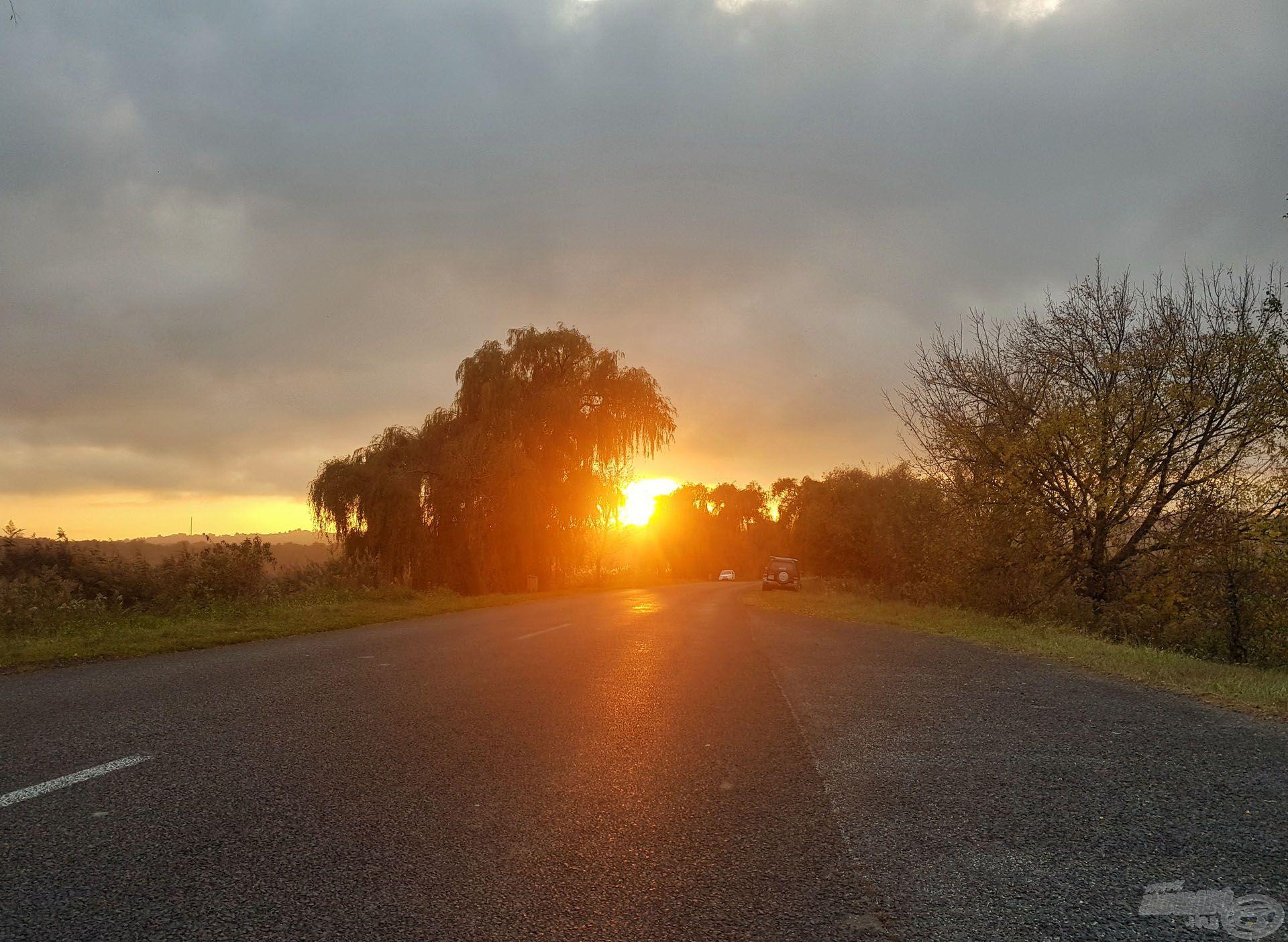 Gyönyörű naplemente fogadott minket