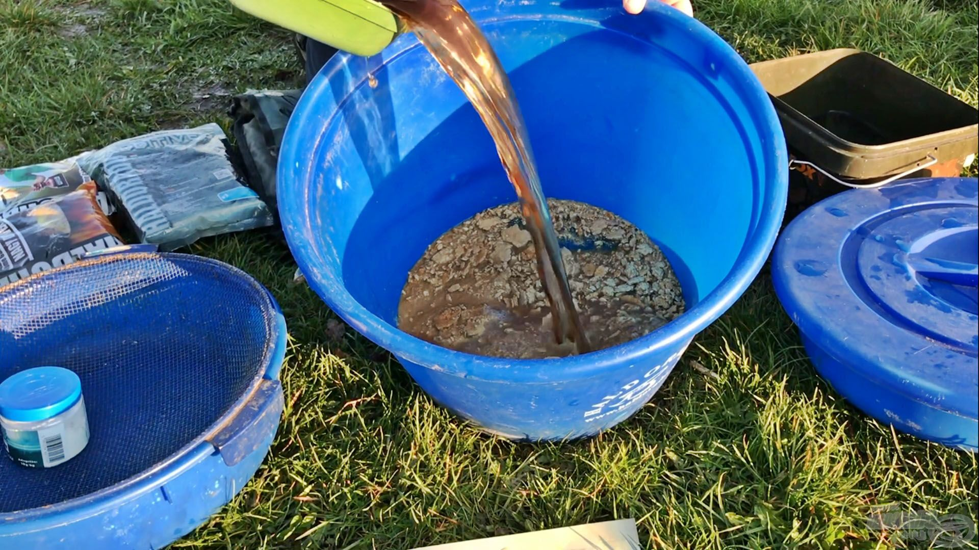Aromát a TTX feláztatásához szükséges vízhez adagoltam, hogy már az alap is aromás legyen