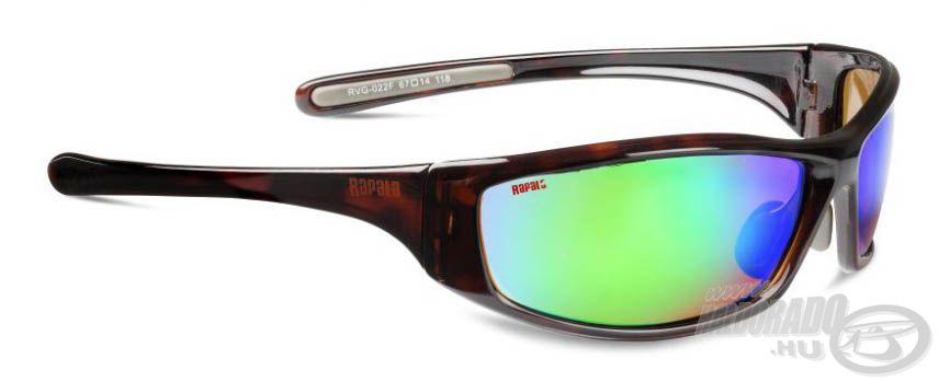 A 022F napszemüveg bordó, teknőcmintás keretet és borostyán színű, kékeszöld bevonatos lencsét kapott