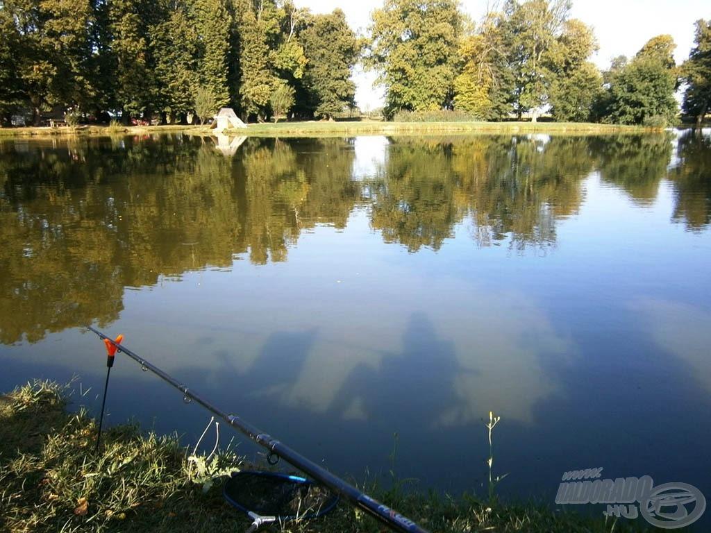 Tükörvíz és erős napsütés várt a horgászat kezdetekor