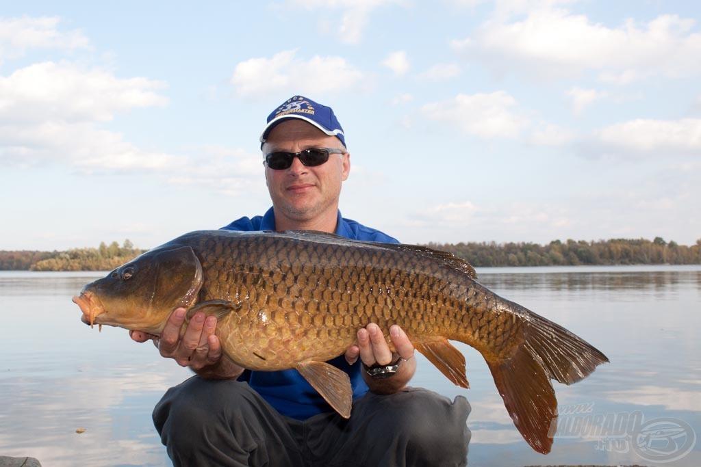 Köszönöm, István, nagyon sokat tanultam, tapasztaltam Kanadában! Nagyszerű volt ismét együtt horgászni!