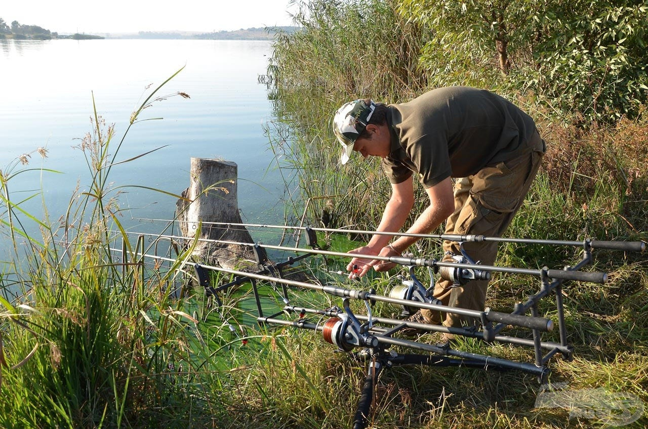 Rod-pod, nagy orsók, három bot - igen, ez a specimen bojlis pontyhorgászat Dél-Afrikában is