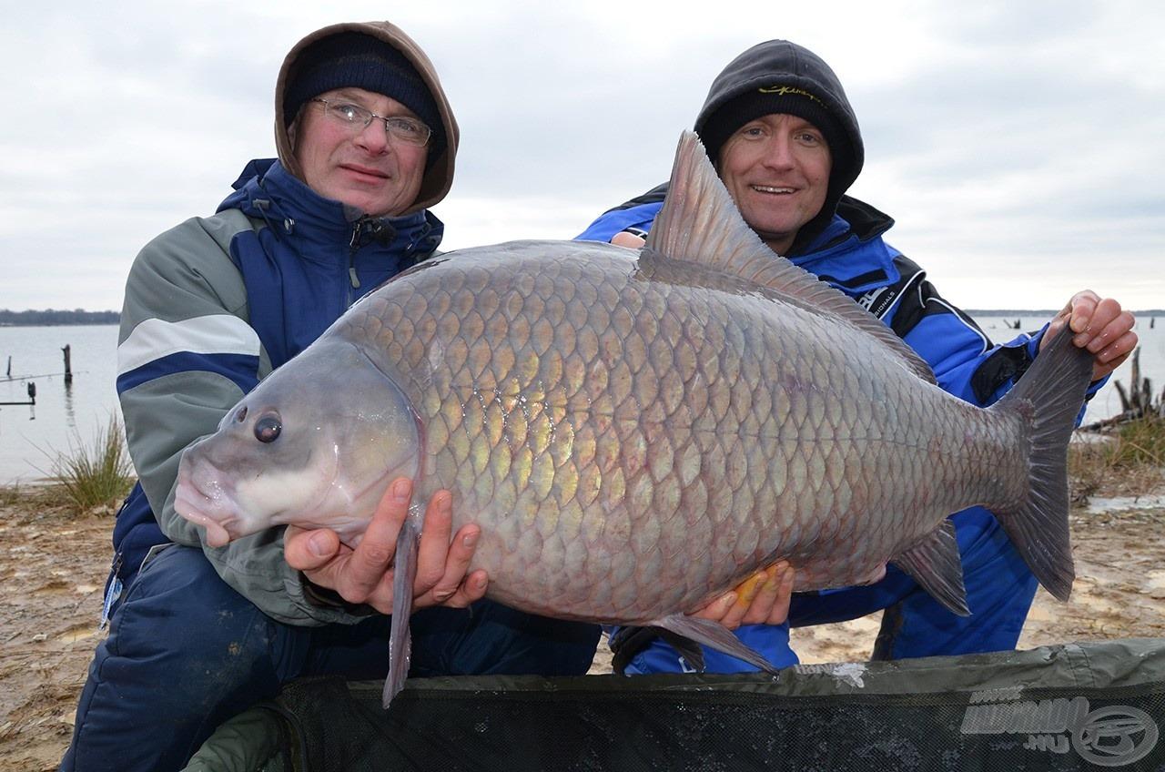 A sors kegyes volt hozzánk: István már az első horgásznapon kifogott egy 20,42 kg-os Buffalo Carpot!