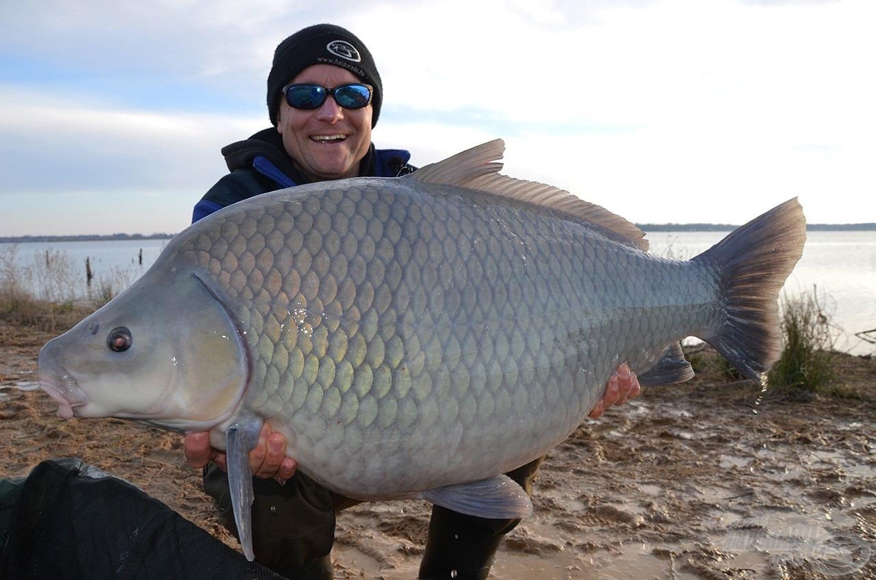 Az óriás súlya 20,44 kg