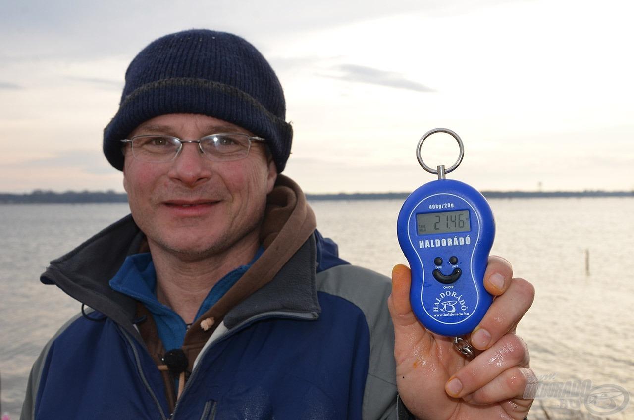 … 21,46 kg, amely egyben István új egyéni rekordja is!