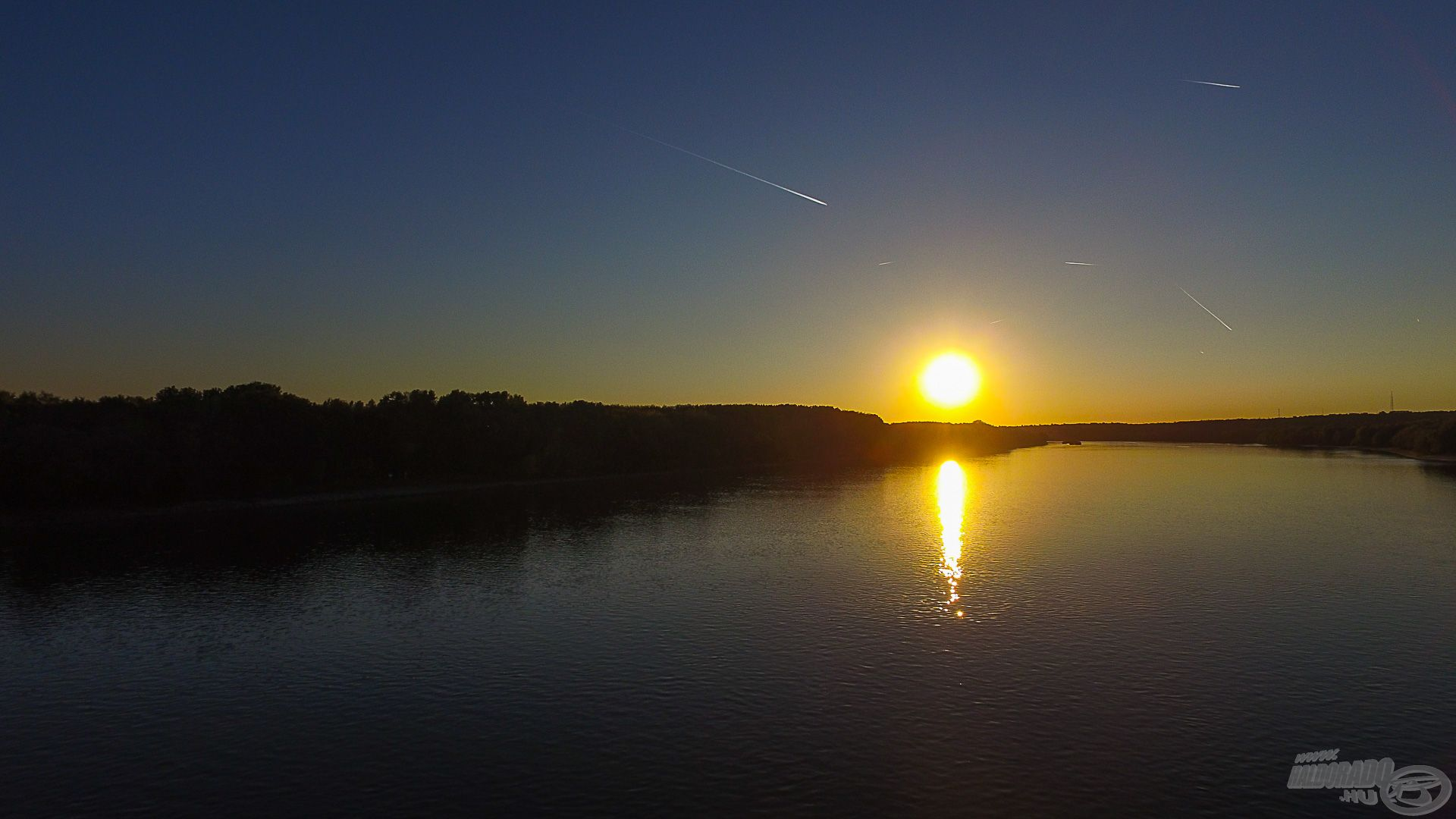Ahogy a nap a látómezőhöz közelít, új időszámítás kezdődik