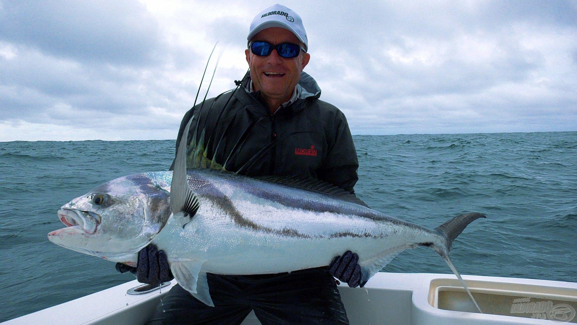 20 kg feletti roosterfish