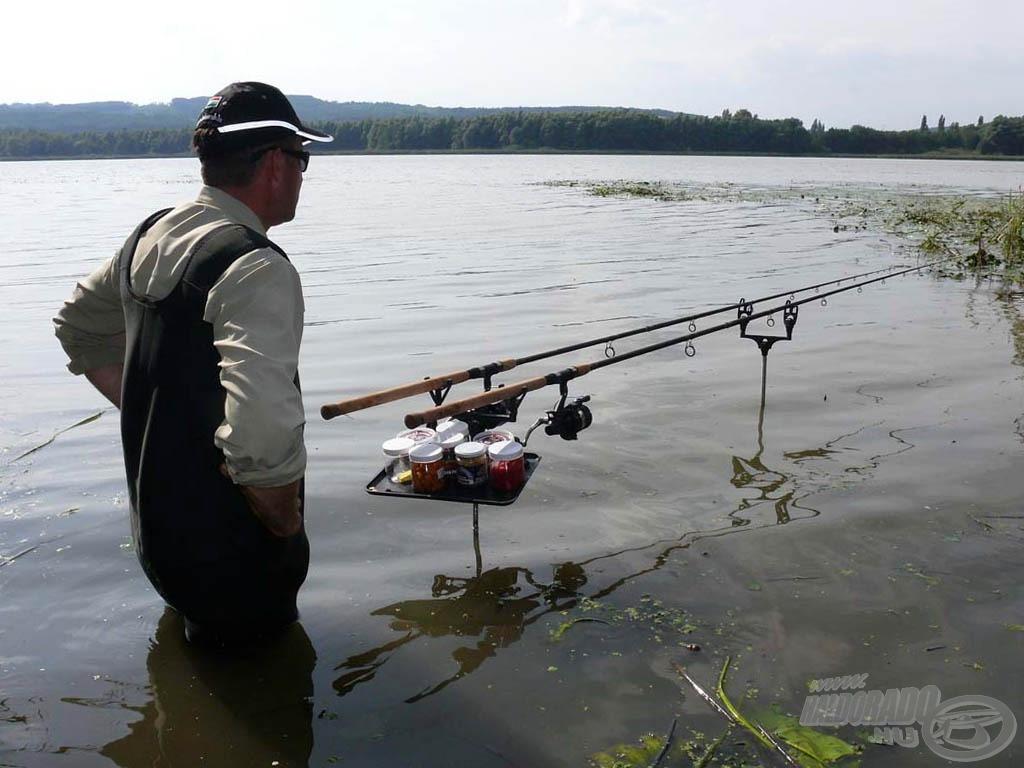 Mindketten feederekkel vettük üldözőbe a halakat. Én vízben állva…