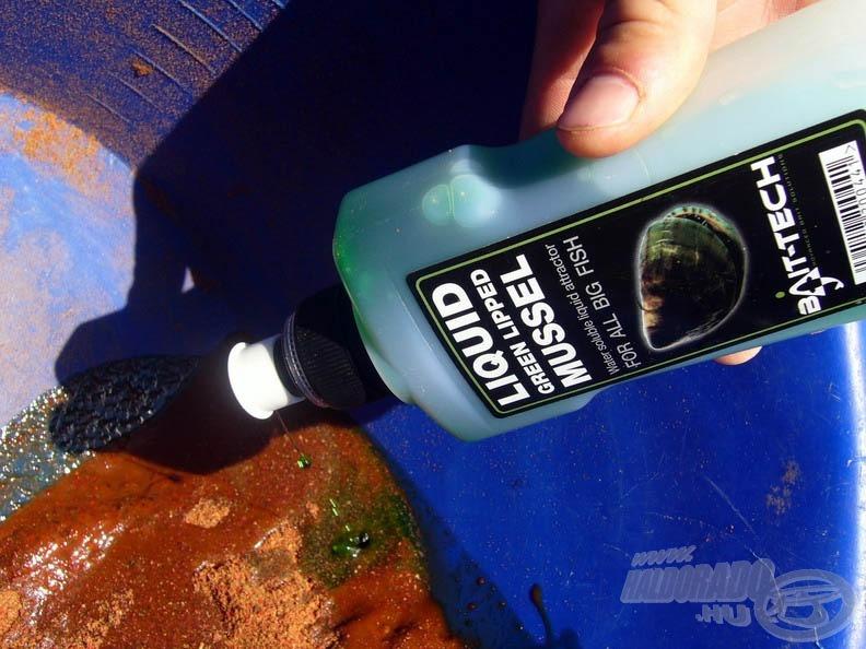 … és folyékony kagylós aroma hozzáadásával nedvesítsük
