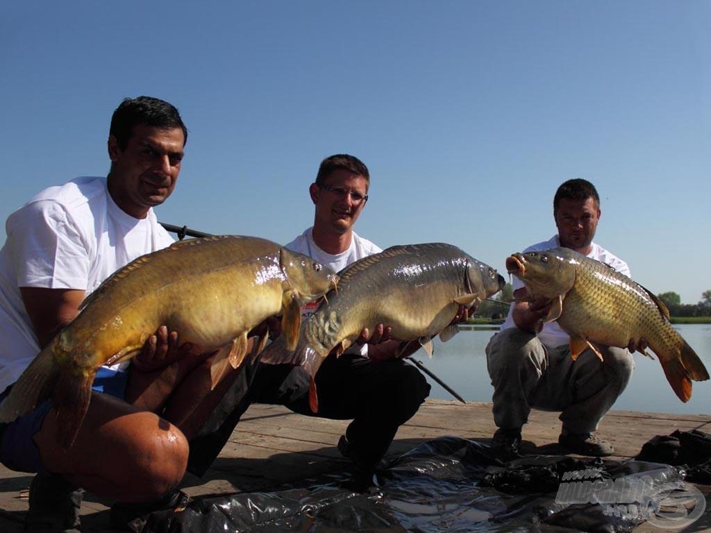 A legszebb jelenet, ha a csapat minden tagja tarthat egy-egy szép halat a kamera előtt