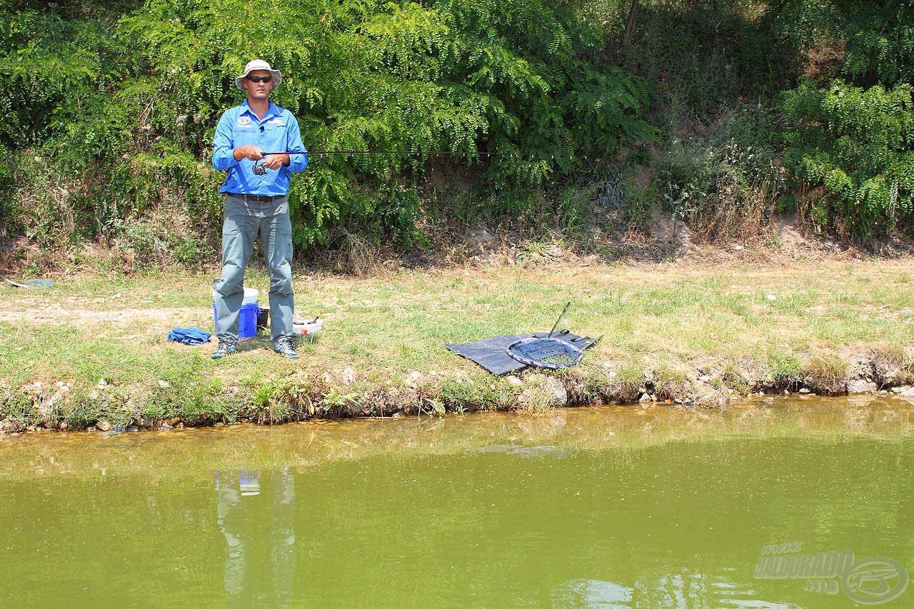 Tikkasztó hőségben lehet ezzel a módszerrel a legtöbb halat fogni. Nem mondom, hogy kényelmes ez a fajta peca, de eredményessége nem vitatható
