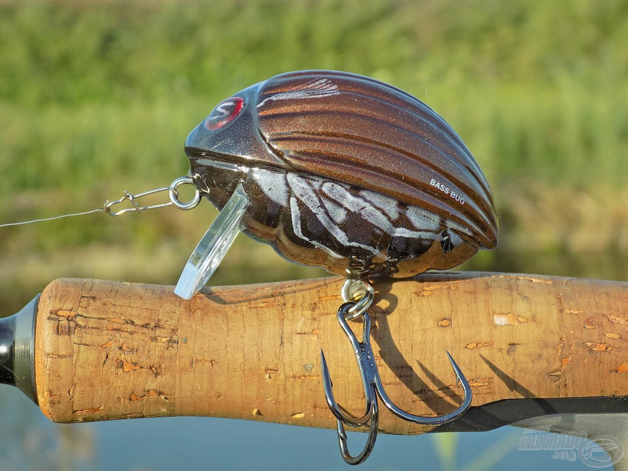 Első látásra Lil Bug, de valójában az alakbéli hasonlóságot majd tízszeres súlytöbblet fejeli meg, ha a 2 cm-es típust vesszük alapul