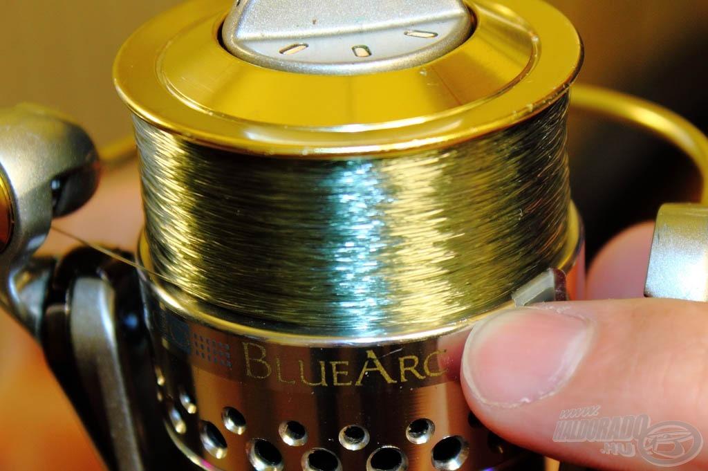 A dob peremétől kb. 1 mm-ig kell tölteni az orsót zsinórral, ez garantálja a leghosszabb dobásokat