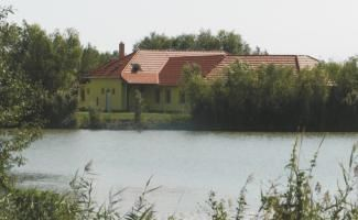 NYALÓKA SZIGETI SZÁLLÁSHELYEK - (lodging)